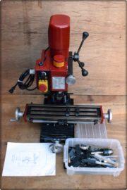 フライス盤など工具買取はお任せください。大きな工具も出張買取なので楽ちんです。